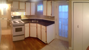 1 Bedroom Apart. Close to Avalon Mall, H. Sciences and MUN