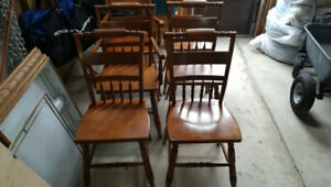 """(6) Dining Table Chairs - (2) """"Captain's"""" Chairs & (4) Armless"""
