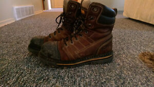Like new Men's work boots. Size 8.5