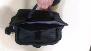 MEC Laptop bag - carrying case - briefcase