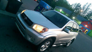 LIKE NEW 2004 ALL WHEEL DRIVE Toyota RAV4 SUV with LOW MILEAGE