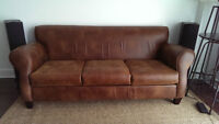 Brown faux leather sofa couch / Canape brun faux cuir