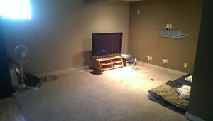 Subletting a nice cheap room in NW Basement