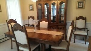 DINING ROOM TABLE, 6 CHAIRS AND HUTCH!