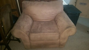 Solid chair