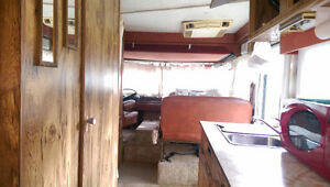 1977 Triple E MotorHome -  Very Nice Condition Regina Regina Area image 4