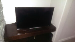 32'inch sony tv bought in january barley used just no remote