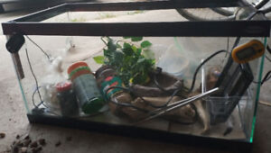 Reptile Tank Complete Kit. Everything you need included.