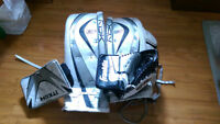 Reebok Pads + Catcher & Blocker + Skates (Nego)