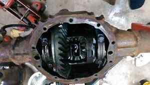 GM 10 bolt  posi  ,76 chevy  camero