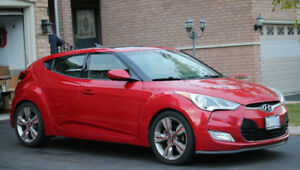2012 Hyundai Veloster Coupe - Fully Loaded Top of the Line!!