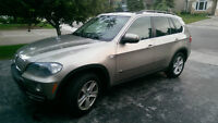 2007 BMW X5 4.8i V8 SUV with 3rd Row Seating