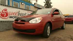 2010 Hyundai Accent SE 3-Door   2 year  free warranty