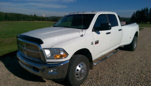 2012 Dodge Power Ram 3500 SLT Dually Pickup Truck