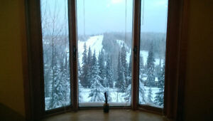 SKI IN/OUT Home at SilverStar  Dec 25/26th 1 Bedroom $200 Night