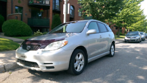 Toyota Matrix XR excellente condition