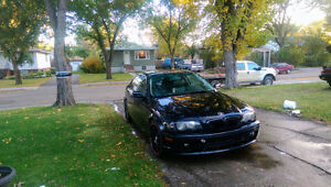 Mint 01 BMW 330ci.    Sask plated