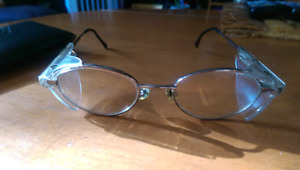 VINTAGE MINT CONDITION SAFETY GLASSES