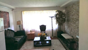 Furnished Room for Rent 4 Min Walk to Lawrence West Subway Stat.