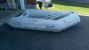 inflatable boat and motor for sale