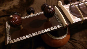 2009 Left Handed Sitar w/ Carbon case from India