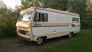1977 Triple E MotorHome -  Very Nice Condition Regina Regina Area image 1