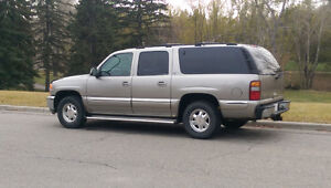 2000 GMC YUKON XL SUV, RUNS GREAT, FULL TOWING PACKAGE