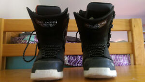 snowboard boots US 8.5