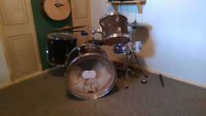 Set de drum/Drum set. REMO