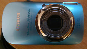 Canon PowerShot SD960 IS + 8 gb SDHC card