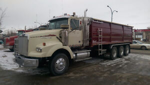 REDUCED - 07 WESTERN STAR 4900SA TRI DRIVE GRAIN TRUCK