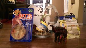 1.5 Gallon Betta 'globe' fish bowl and accessories!