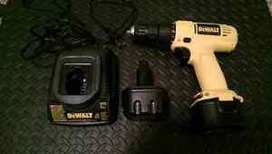 Dewalt 9.6V Cordless Drill
