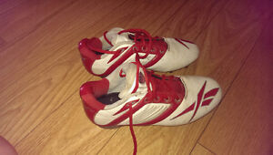 cleats 10$