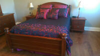 Queensize Solid Wood Cherry color bedroom set