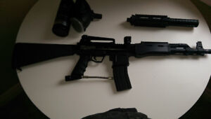 BT-4 PAINTBALL RIFLE WITH EXTENDED SUPPRESSION BARREL