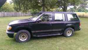 95 Ford Explorer Limited London Ontario image 1