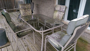 Patio Set - 1 table with 4 chairs, 1 recliner, 2 rotating chairs Kitchener / Waterloo Kitchener Area image 2