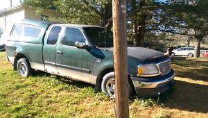 2001 Ford F-150 green Pickup Truck