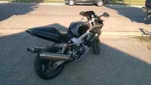 98 Honda Superhawk VTR1000 London Ontario image 4