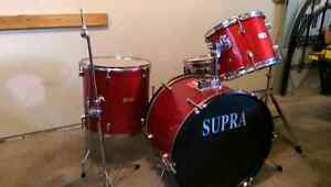 Supra 4 piece with cymbal and hihat