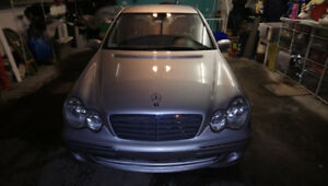 Mercedes-Benz C230 Kompressor 2005 en EXTRAORDINAIRE condition!!