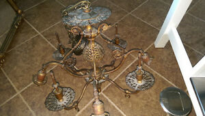 GAS AND ELECTRIC FIXTURE / LIGHT
