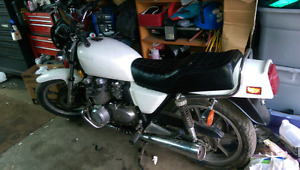 1981 Kawasaki KZ750, and a hoard of parts!! Awesome Deal!!!!