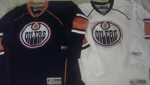 Chandails Oilers Jerseys, home or away