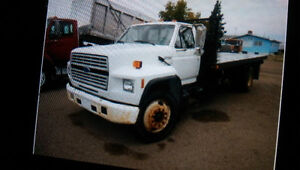 1992 Ford F700 truck
