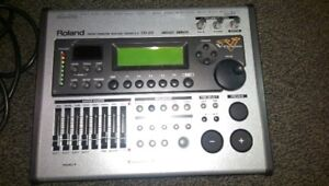 Roland TD-20 module, great condition, power cord and manual