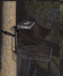 Tree Stand BigGame Hunter platform Gift Christmas Hunting Season