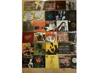 31x VINYL SINGLES - INDIE ROCK - ARCADE FIRE, MAXIMO PARK, GOSSIP, MAGIC NUMBERS