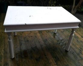 Large 6 Seater Wooded Dining Room Table